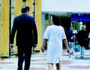 'Je bent geen verpleegkundig specialist als je alleen actief bent in de directe patiëntenzorg'